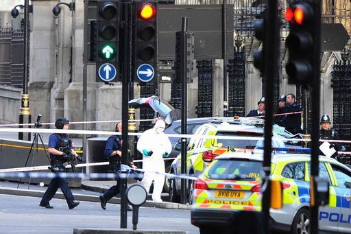 Attacco al Parlamento di Londra, morti e feriti