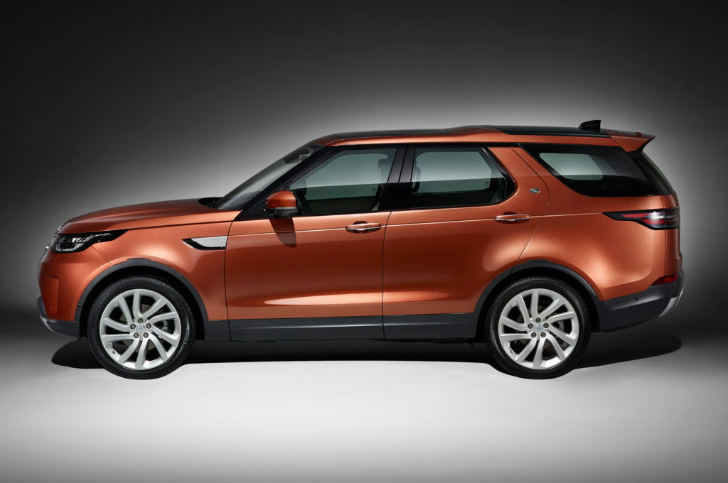 2017-land-rover-discovery-side-profile