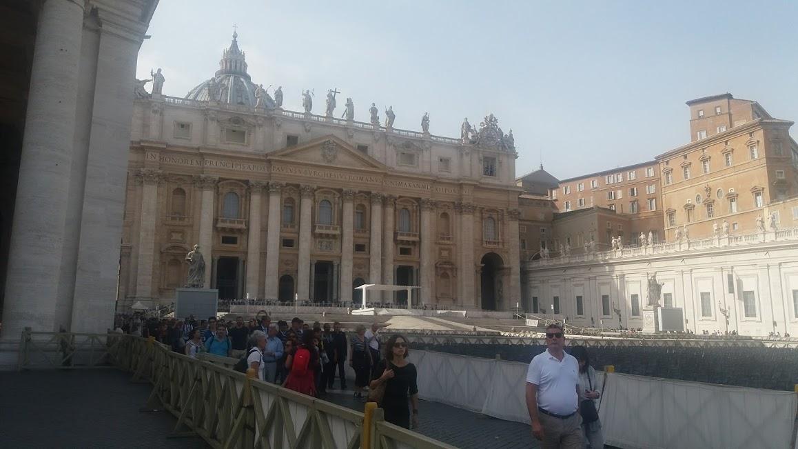 Basilica San Pietro (foto E Turismo | www.editorpress.it/turismo)